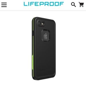NWT lifeproof Fre iphone 7 / iPhone 8 case Black